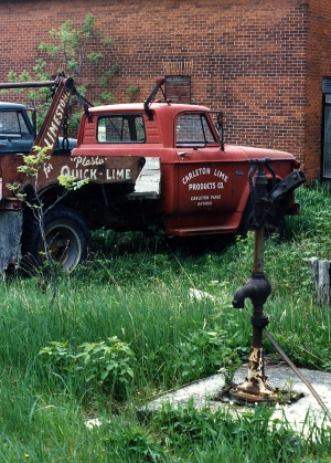 Vintage Carleton Lime Products Truck